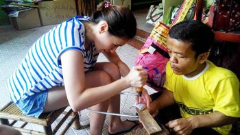 Coconut Carving Session with NGO of Phnom Penh