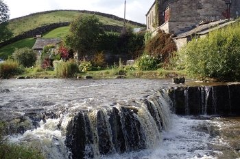 Small-Group Yorkshire Dales Full-Day Tour