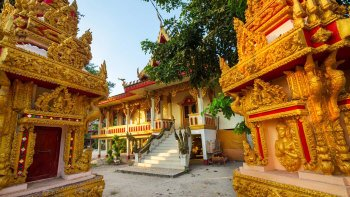 Small-Group Half-Day Vientiane Tour