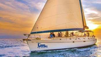 Luxury Sunset Sailing Cruise with Open Bar