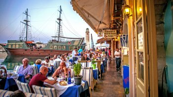 Small-Group Rethymnon Conquered Walking Tour