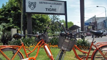 Tigre & San Isidro Bicycle Tour