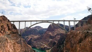VIP Hoover Dam Bus Tour with Lunch