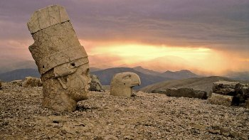 2-Day Mount Nemrut & Upper Mesopotamia Tour with Overnight Accommodation