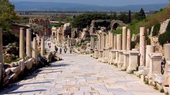 Full-Day Ephesus & House of the Virgin Mary Tour with Airfare from Istanbul