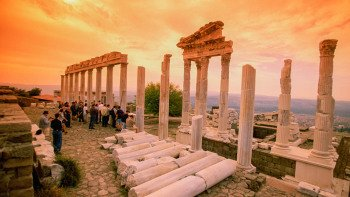 2-Day Pergamum & Pamukkale by Bus