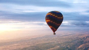 Deluxe Sunrise Hot Air Balloon Flight with Champagne & Transportation