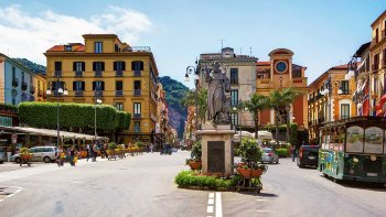 Herculaneum & Sorrento Tour from the Amalfi Coast