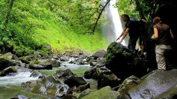 La Fortuna Waterfall Hiking