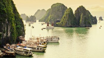 Full-Day Hạ Long Bay Tour