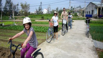 Half-Day Hoi An Bike & Bite Tour