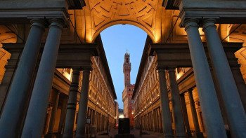 Skip-the-Line: Uffizi Gallery Tour from Pisa
