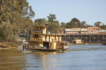 Murray River Lunch Cruise on PS Emmylou
