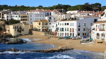Private Mediaeval Girona & Costa Brava Tour