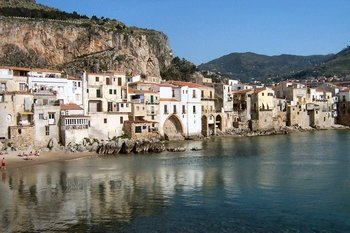 Transfer Tour: Palermo to Taormina with Visit to Villa Romana del Casale