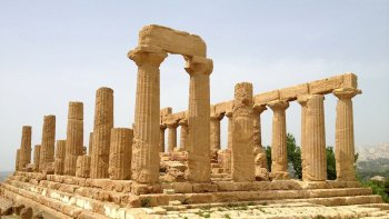 Valley of Temples & Camilleri's Literary Places Tour