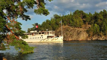 Guided Boat Cruise in the Stockholm Archipelago