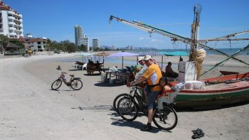 Half-Day Guided City & Country Bicycle Tour of Hua Hin