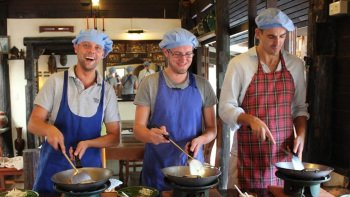 Full-Day Thai Cooking Class with Lunch