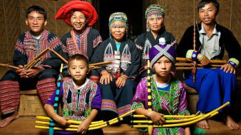 Full-Day Tour to Akha Tribe Village, Yao Tribe Village & the Golden Triangl...