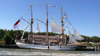 Private Historic Savannah Cruise