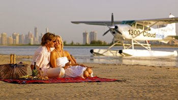 Romantic Picnic & Seaplane Flight Experience