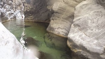 Wadi Bani Awf & Snake Gorge Full-Day Tour