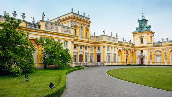 Wilanów Palace Museum & Gardens Private Tour