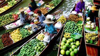 Damnoen Saduak Floating Market without Floating Boat Ride