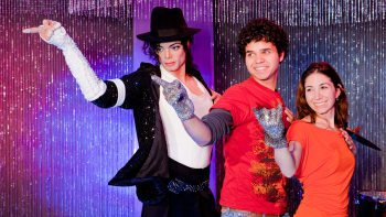 Madame Tussauds Bangkok med privat tur-och-returtransfer