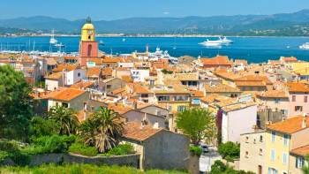 Panoramic Coach Day Tour to Saint-Tropez from Nice