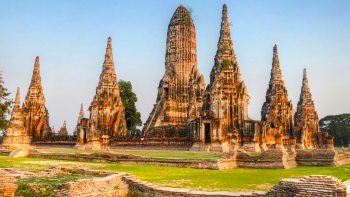 Guided Ayutthaya Tour with River Cruise & Lunch