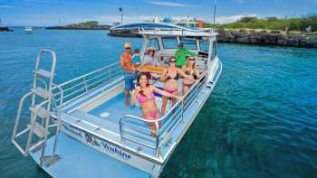 Captain Cook Monument & Kealakekua Bay Snorkeling Tour with Lunch