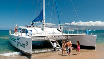 Snorkel Cruise with Breakfast & Barbecue Lunch