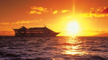 Sunset Cruise & 5-Course Dinner