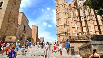 Shopping & Sightseeing in Palma de Mallorca