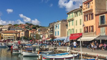 Full-Day Aix-en-Provence, Cassis & Marseille Tour