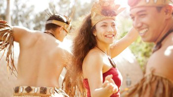 Ali'i Luau Dinner Package with Admission to Polynesian Cultural Center
