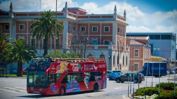 Shore Excursion: Hop-On Hop-Off Bus Tour