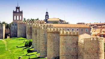 Salamanca & Ávila Full-Day Tour