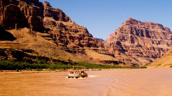 Grand Canyon Air Tour, Boat Ride & Skywalk Access