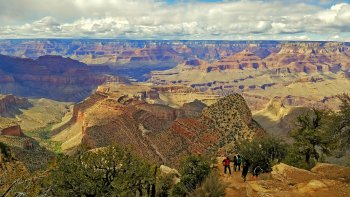 Grand Canyon Tour with Sedona & the Navajo Reservation