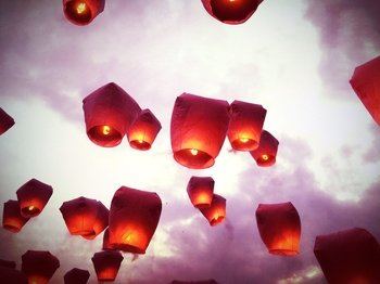 Pingxi Sky Lantern Festival & Sights of Shifen with Waterfall Visit