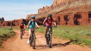 Biking Tour on Courthouse Loop Trail