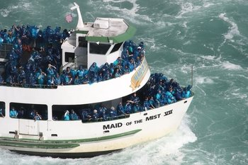 Niagara Falls Tour with Maid of the Mist & Hard Rock Cafe Meal