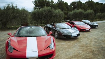 Ferrari Driving Experience in the Penedès Wine Region with Tastings