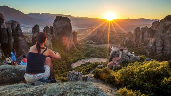 Majestic Sunset Tour of Meteora's Monasteries