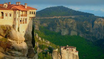 Meteora Half-Day Tour to 3 Monasteries