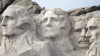 Black Hills & Mount Rushmore Full-Day Tour