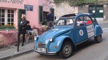 Private Secrets of Paris Tour in a Vintage Citro?n